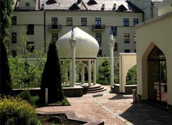 """Экскурсия """"Тайны киевских двориков"""""""