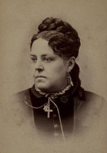 esther-howland