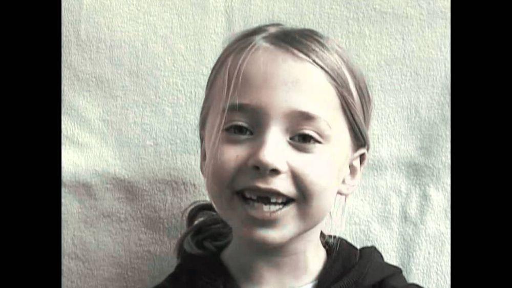 Как растет девочка. 12 лет жизни за 3 минуты (видео)