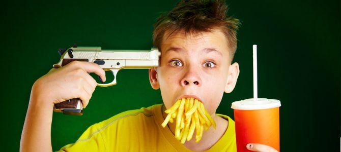 Как отучить ребенка есть всякую дрянь