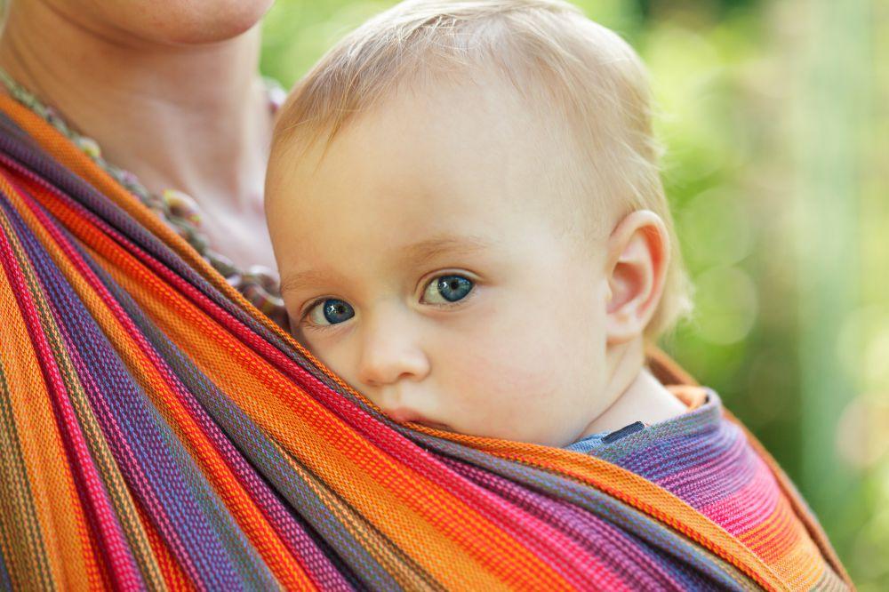 Слинг – верный помощник для мамы и малыша!