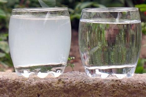 hlorirovannaya-voda-i-chistaya-pit-evaya-voda