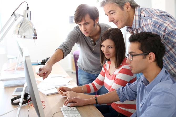 10 крупных компаний с программами стажировок