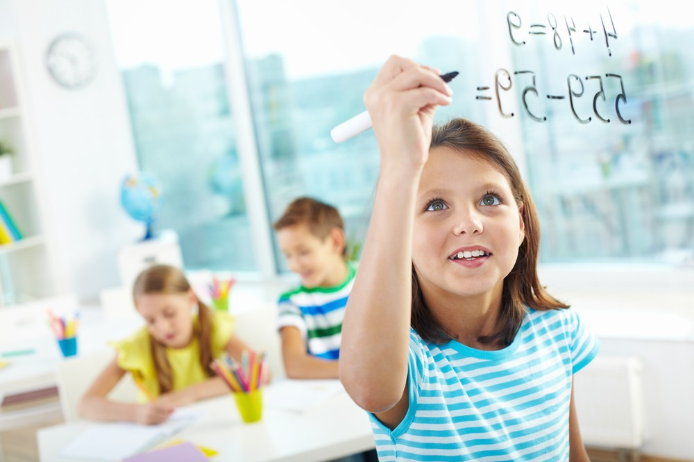 Воспитание не влияет на уровень IQ ребенка?