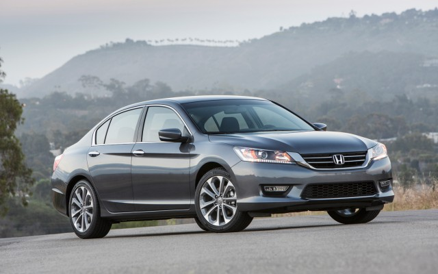 2013-honda-accord-sport-sedan-front-three-quarters