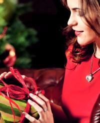 Гид по подаркам для женщин на Новый год