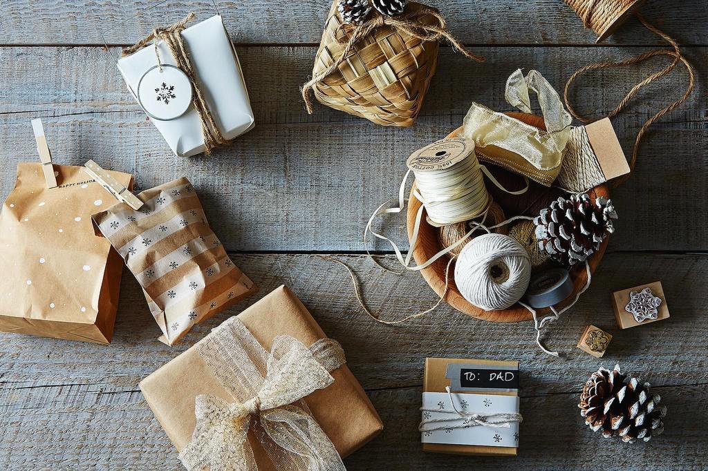 Gift Guide: Что дарят на Рождество в других странах