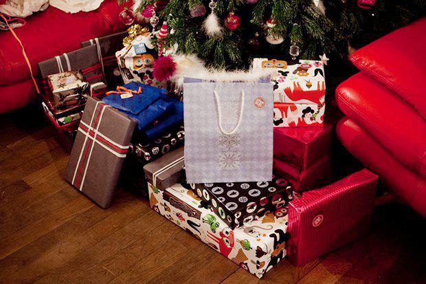 Кто придумал дарить подарки какая страна