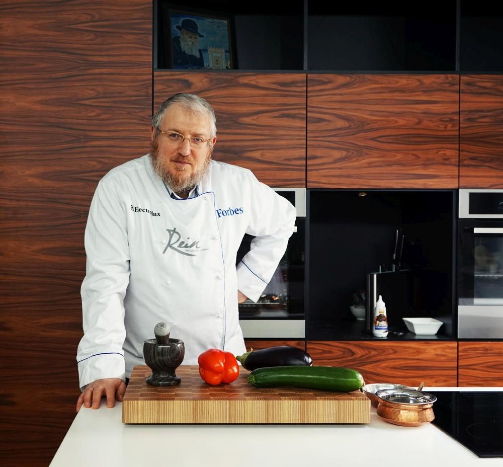 Уриэль Штерн: Женщины на кухне