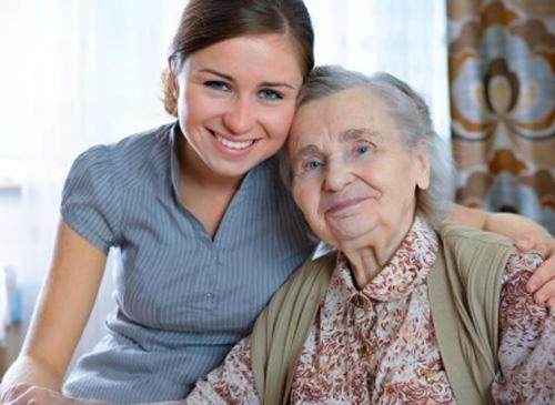 dutch-students-living-retirement-homes-390x285