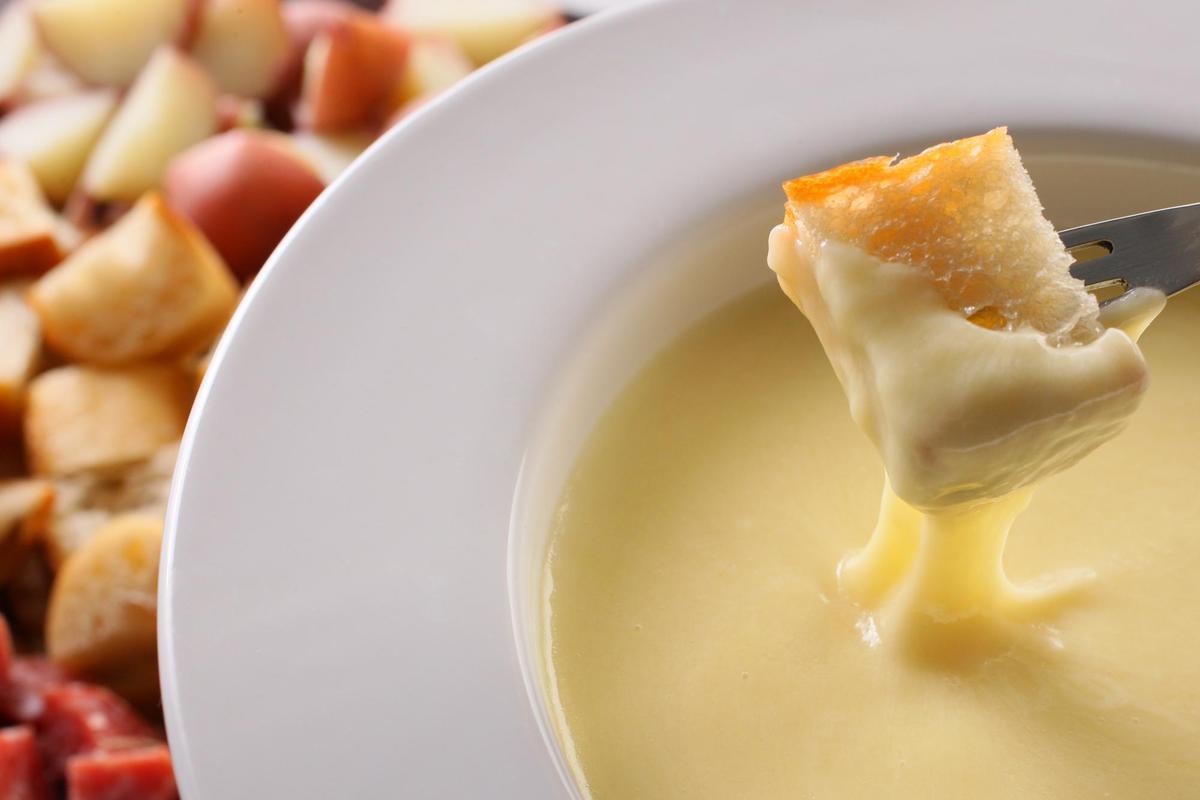29304_cheese_fondue