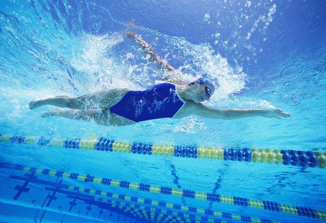 a3c53635ac2e6e6f_Girl-Swimming.xxxlarge_2x