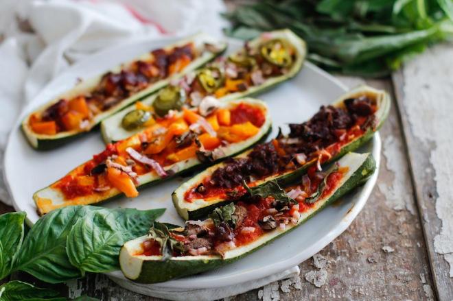 Лодочки из цукини, или 11 способов сделать шедевр из скучного овоща
