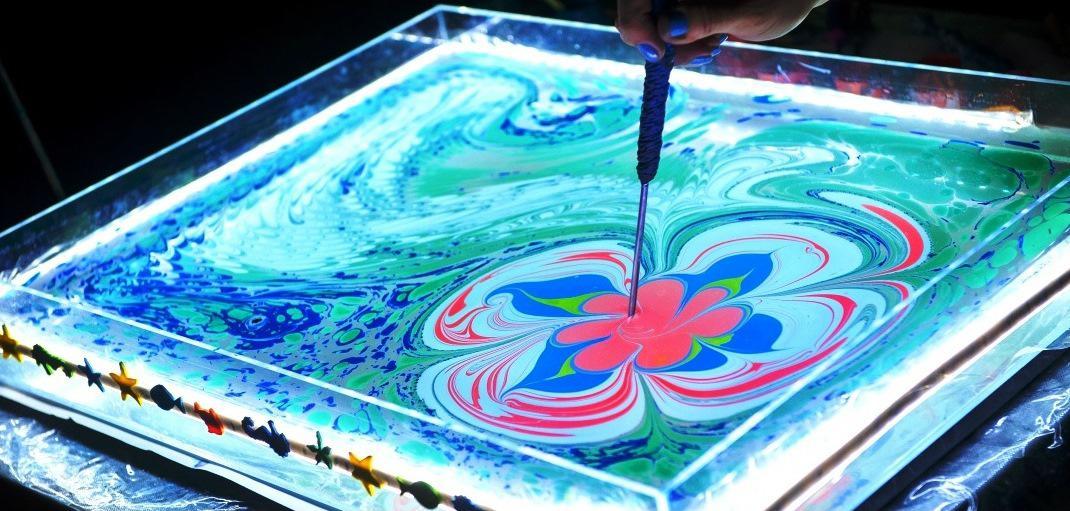 Эбру: Искусство рисовать на воде