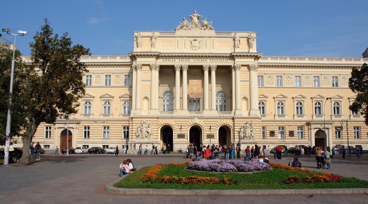 10 лучших университетов мира и самые популярные вузы Украины
