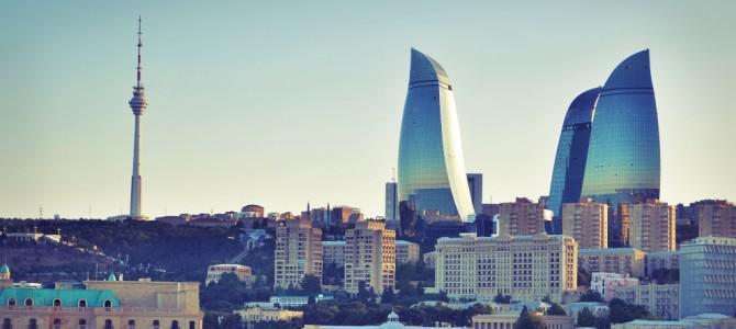 Довга, дружба и джаным, или Невероятные приключения блогера в Баку