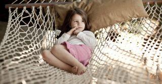 Без чувств: Как помочь ребенку с нарушениями тактильных ощущений
