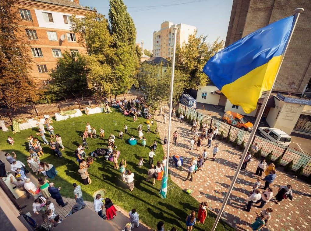 В Киеве открылись две новые школы