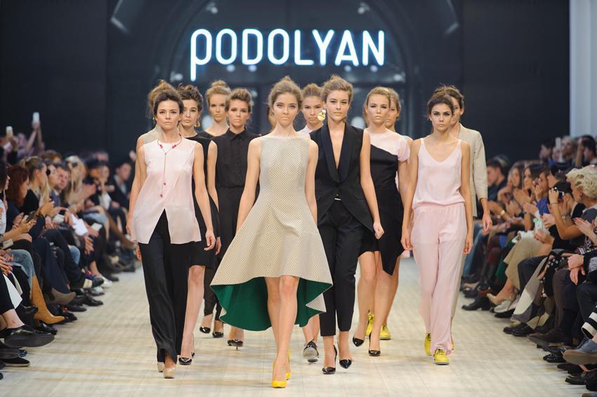 6 лучших с Ukrainian Fashion Week для бизнес-леди: День третий