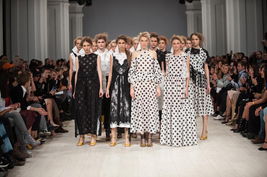 5 лучших деловых луков с Ukrainian Fashion Week: День первый