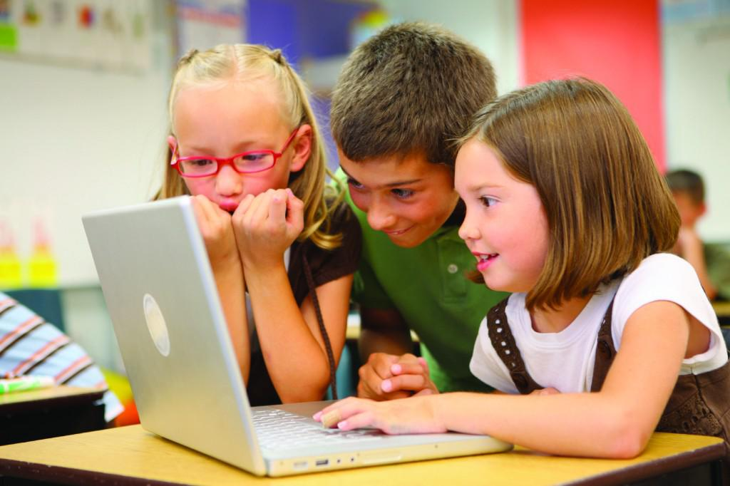 heres-what-cyber-security-experts-teach-their-kids-about-the-internet