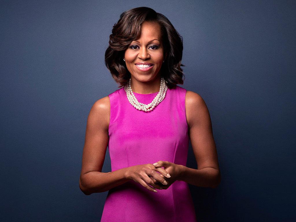 """Мишель Обама: """"Ни один парень не должен мешать вам получать образование"""""""