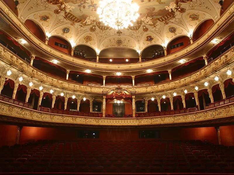 hessisches-staatstheater-wiesbaden-germany (1)