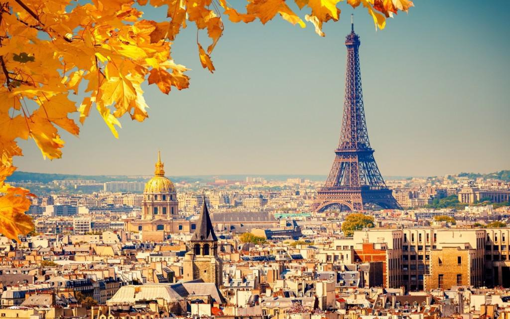 paris-eiffel-tower-autumn-1680x1050