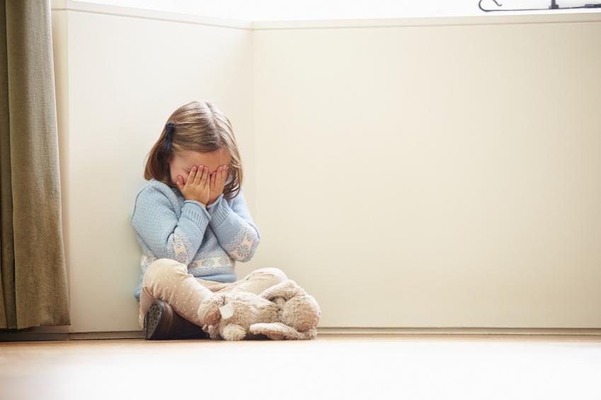 Простые техники, как научиться не кричать на ребенка