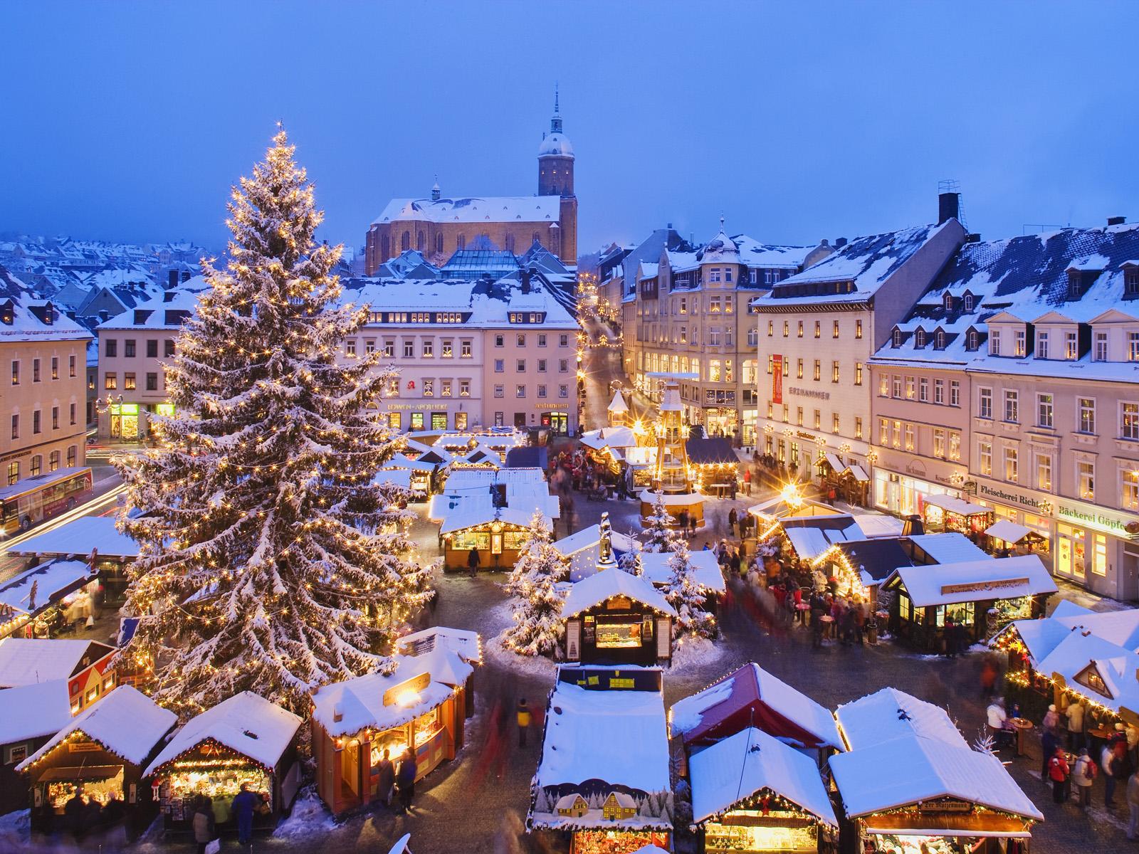 9 уличных новогодних фестивалей Киева