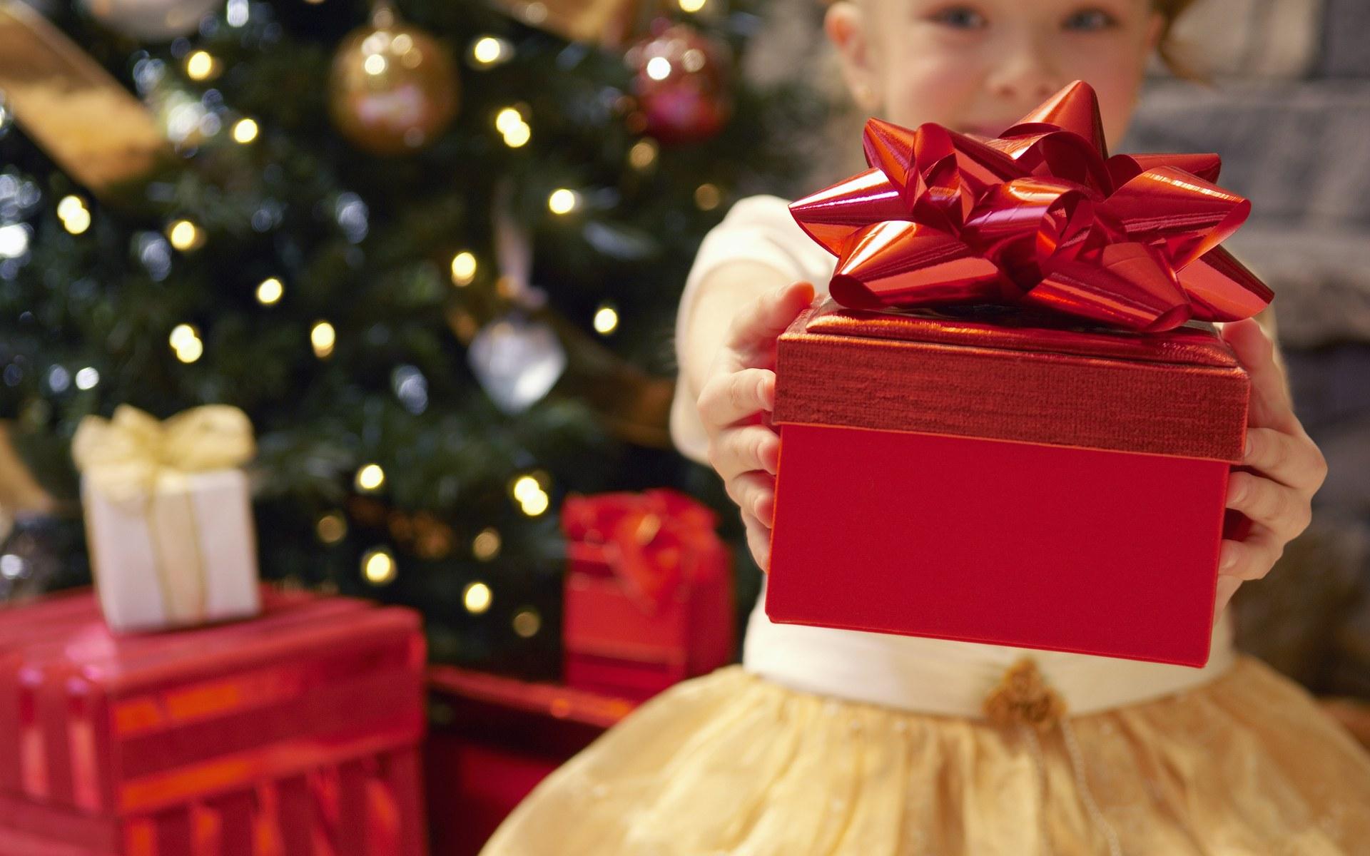 Подарки на Новый год для самых маленьких