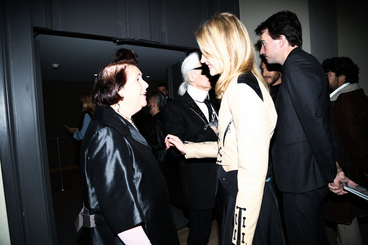 sometimes-natalia-attends-events-and-celebrations-in-the-fashion-industry-here-she-is-at-the-opening-of-the-louis-vuitton-exhibition-at-grand-palais-in-paris-with-su