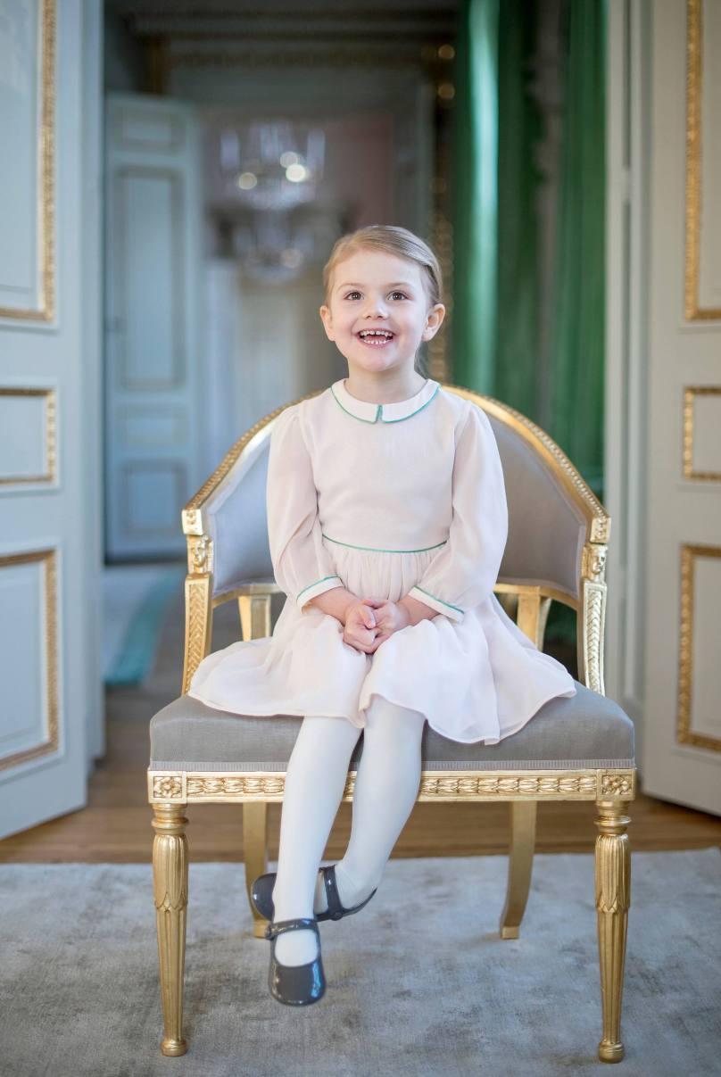 Игры престолов: 10  королевских наследников