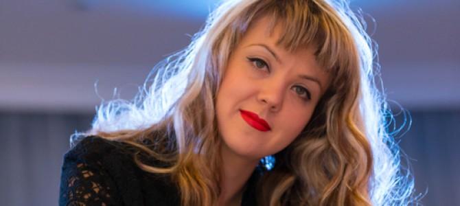 """Оксана Корнилова: «Всю свою жизнь я планировала: карьерный рост, работу, даже рождение ребенка, но когда началась война, стало понятно, просчитать все невозможно"""""""
