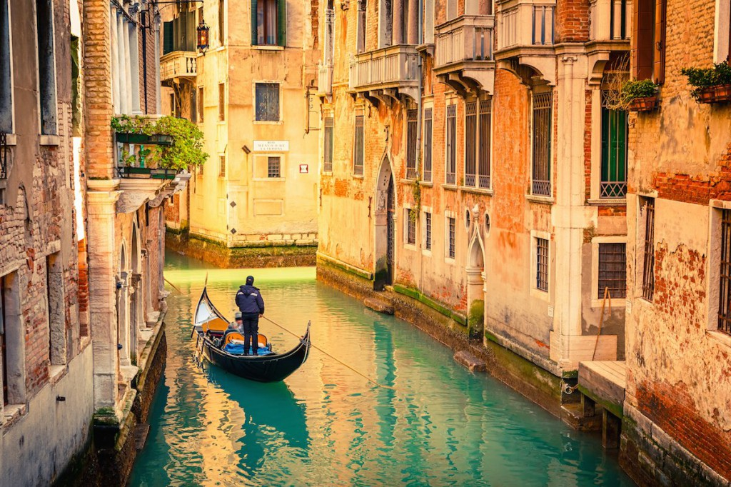 3-venice-italy--venice-may-have-a-reputation-as-a-romantic-city-but-that-doesnt-mean-it-cant-be-enjoyed-alone-the-canal-city-is-the-perfect-place-for-looking-at-art-riding-a-gondola-and