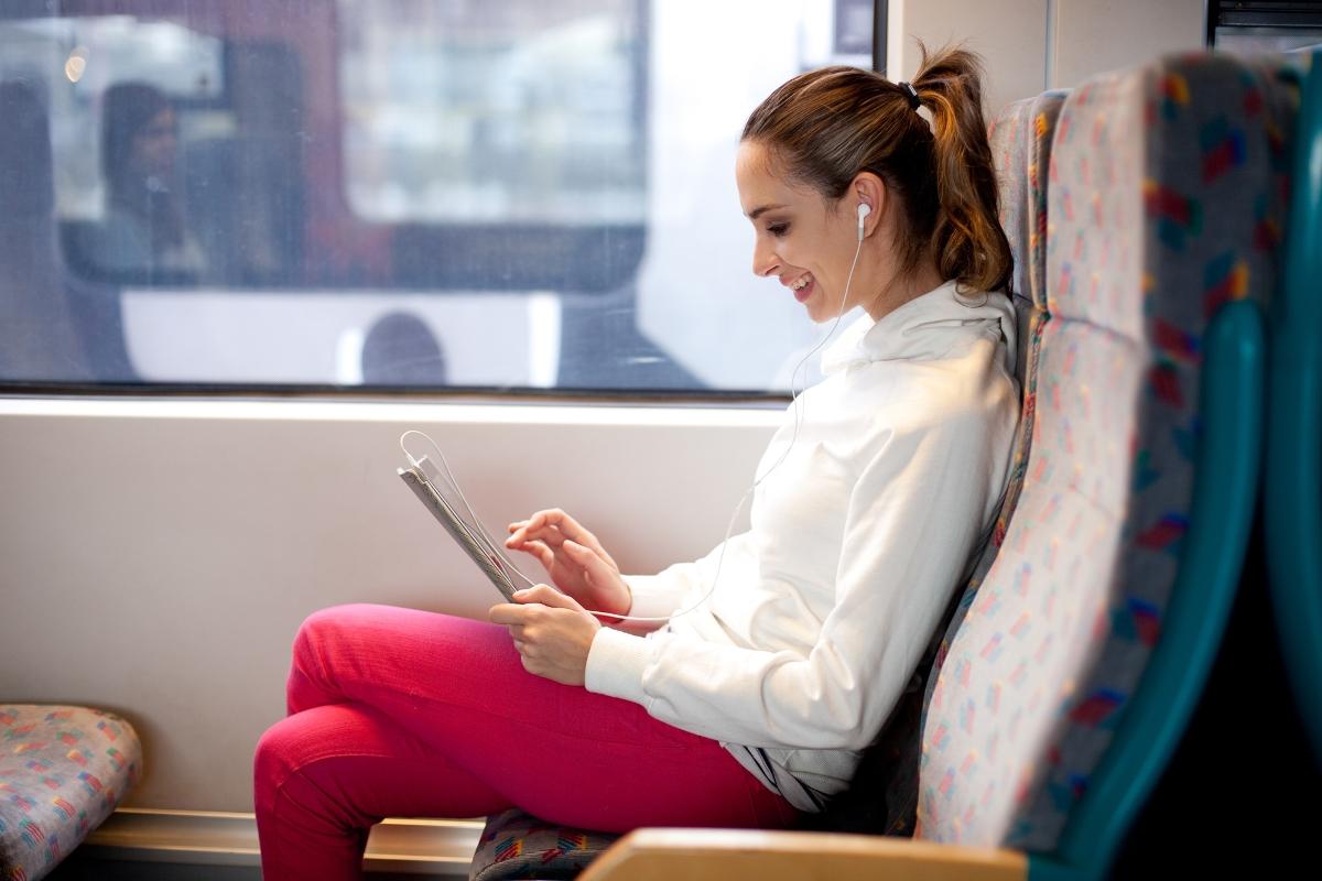 По половому признаку: В немецких поездах появятся вагоны для женщин