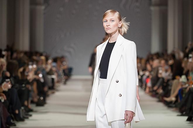 10 стильных луков для деловой леди с Ukrainian Fashion Week