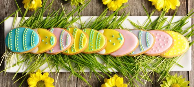 Зайцы, яйца, куличи: Что найдут ваши близкие в своих пасхальных корзинах