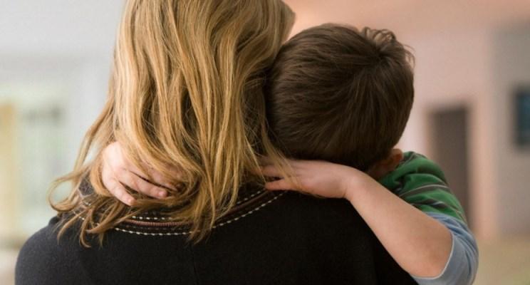 Mother-comforting-son-2xlpkd8w5877q2omoslfyi - копия