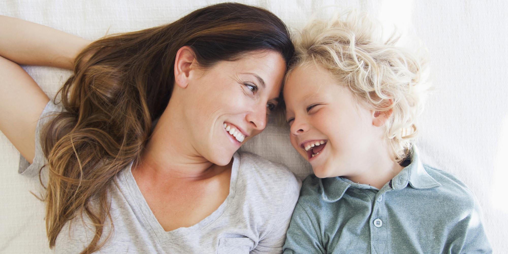 Новые данные: Детям более старших родителей живется лучше