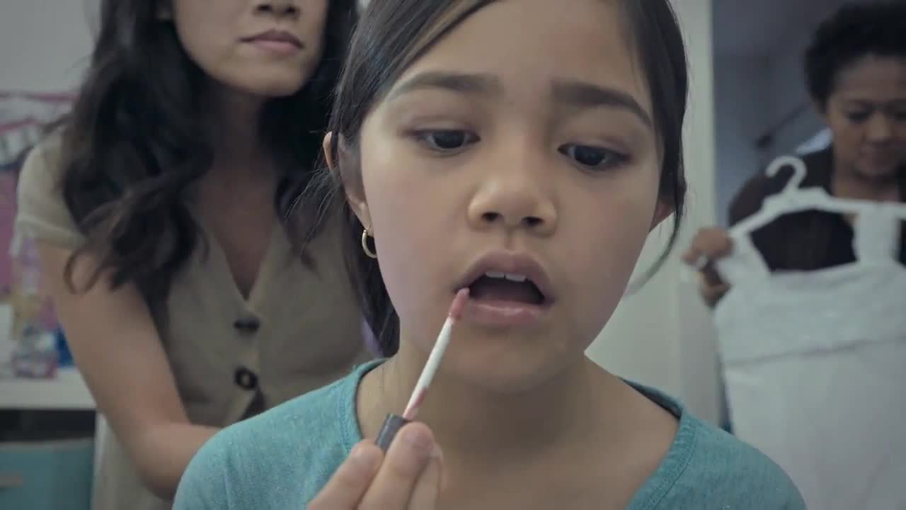 Give Girls a Better Future: Реальность, с которой сталкиваются девочки во всем мире