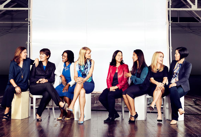 12 стран с наибольшим количеством женщин на руководящих постах