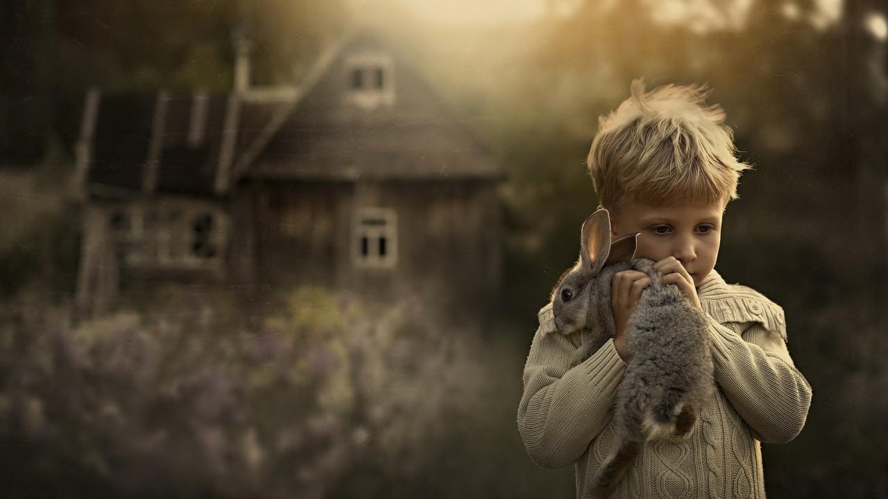 Чужих детей не бывает: Мифы об усыновлении в Украине