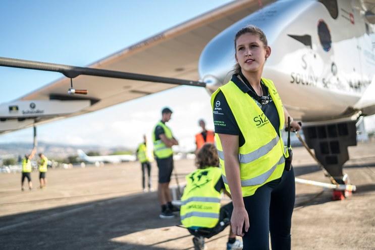 """Пейдж Кассален: """"Сегодня я могу управлять самолетом, который весит 5 тысяч фунтов,  а в школе боялась лишний раз руку поднять"""""""