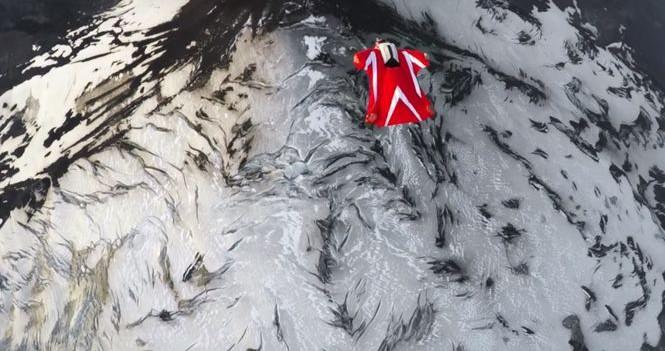 Самая спортивная девушка планеты Роберта Манчино прыгнула в активный вулкан