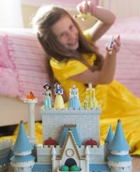 Какая польза от диснеевских принцесс?