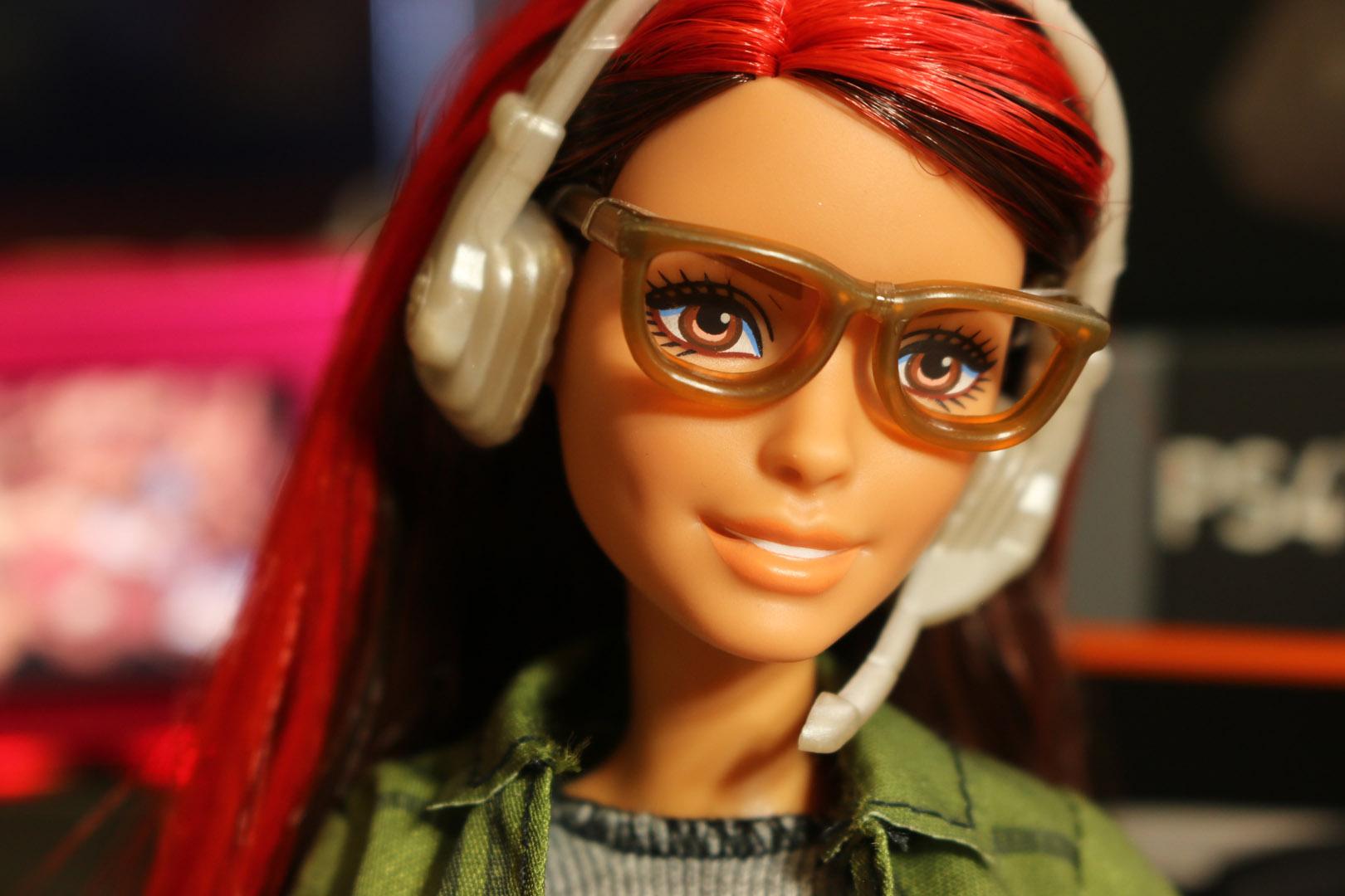 В тренде: Mattel выпустили Барби-разработчицу видеоигр