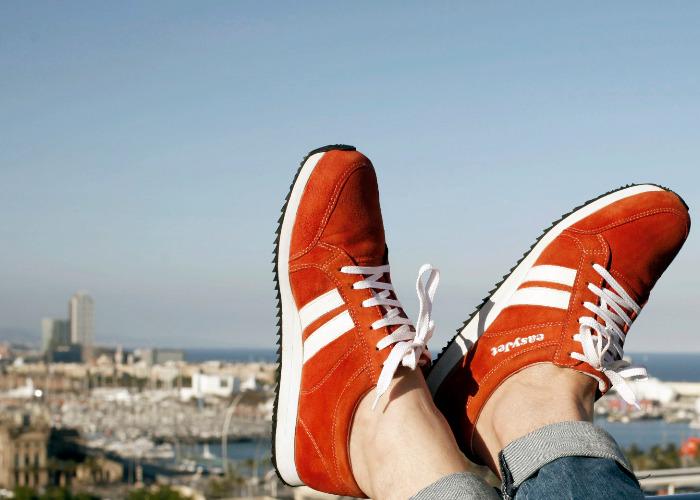 WoMo-находка: Умные кроссовки Sneakairs