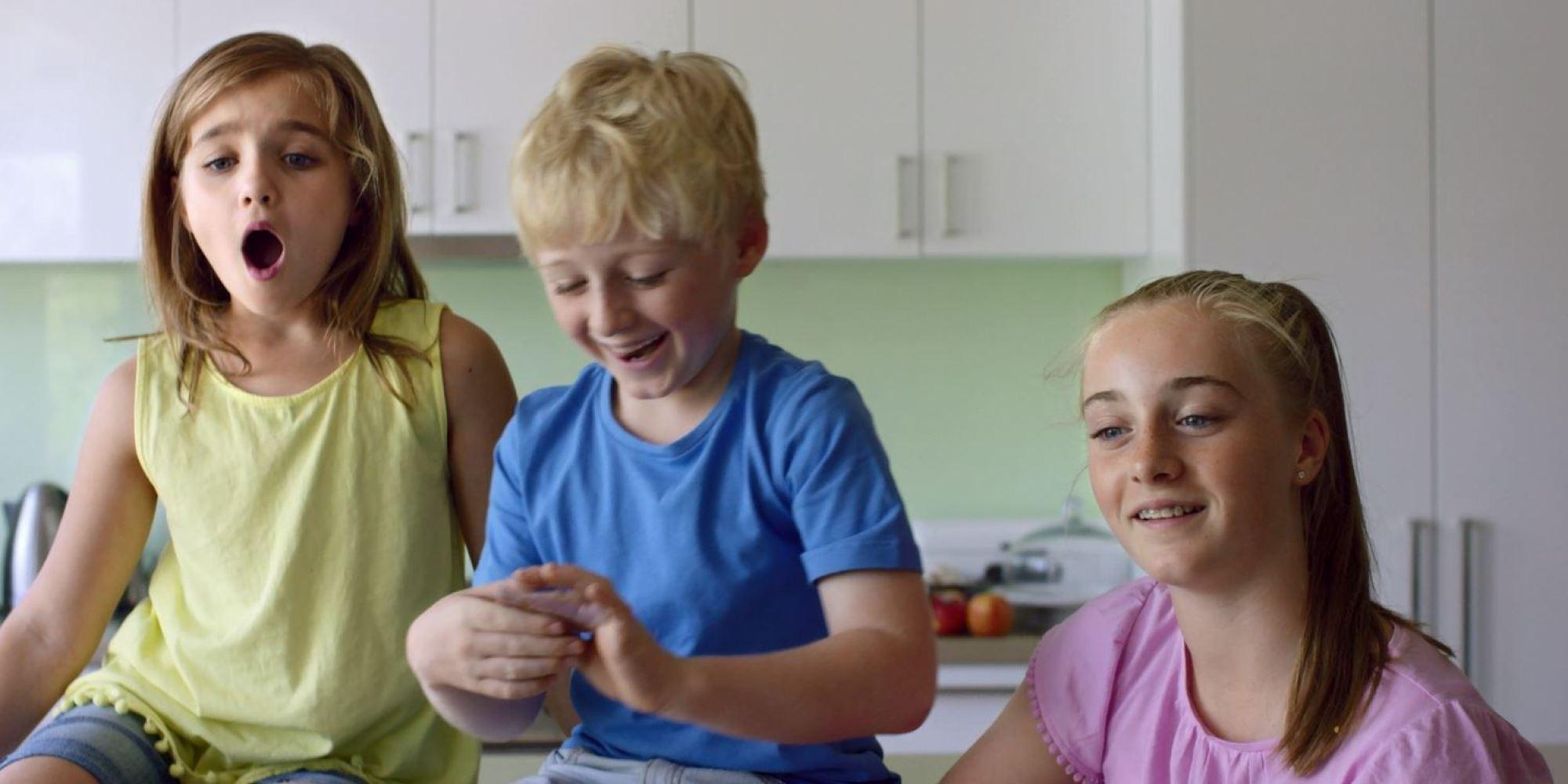 Видеоэксперимент: Что думают дети о разнице в зарплатах мужчин и женщин