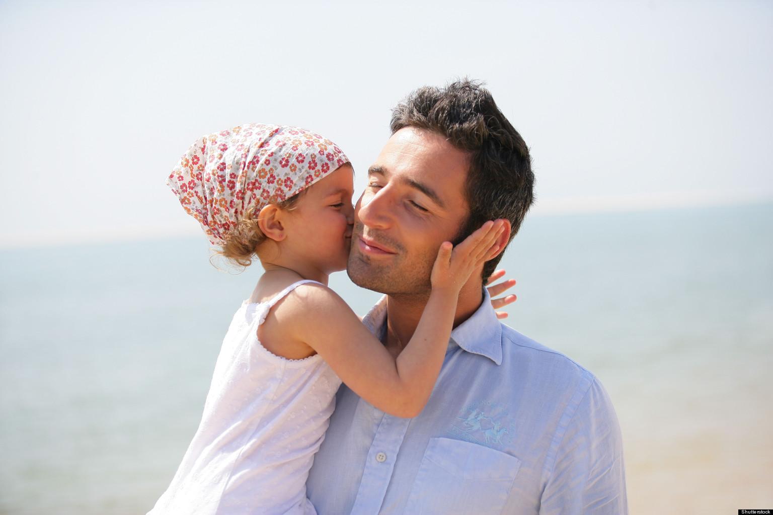 Папа-эффект: Как отцовство влияет на карьеру мужчины